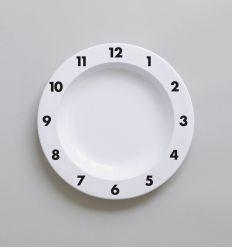 b+b - plate dinner time