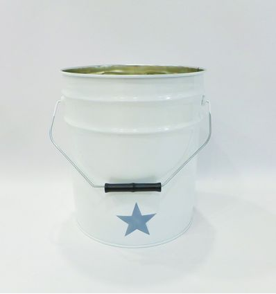 wastepaper basket star - white